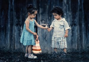 siblings-817369_640